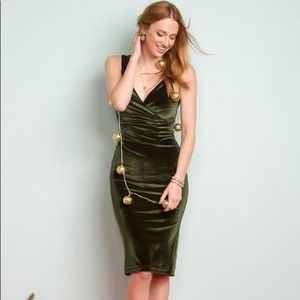 ModCloth Lady Love Song olive velvet dress NWT L